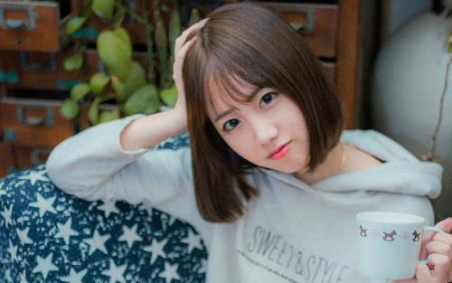 蜜秀app:一个韩国美女主播视频观看的直播app